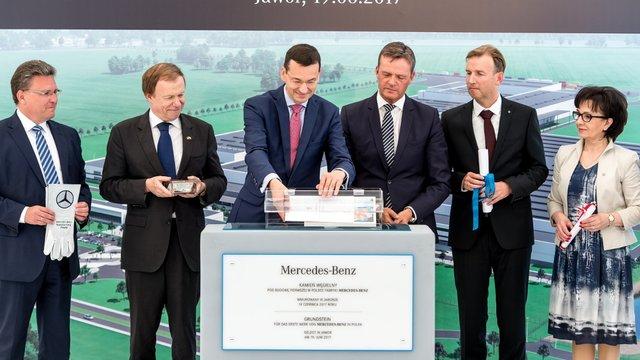 Mercedes-Benz розпочав будівництво першого заводу в Польщі
