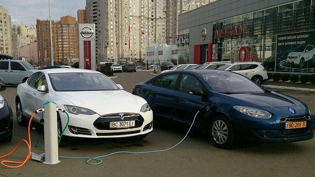 У 2017 році українці придбали втричі більше електроавтомобілів, ніж торік