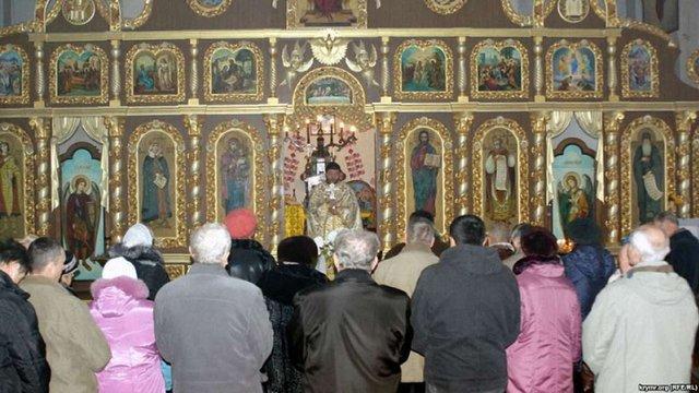 86% українців вважають себе релігійними, — опитування