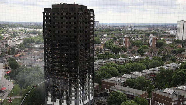 Масштабна пожежа в багатоповерховому житловому будинку Лондона сталася через холодильник