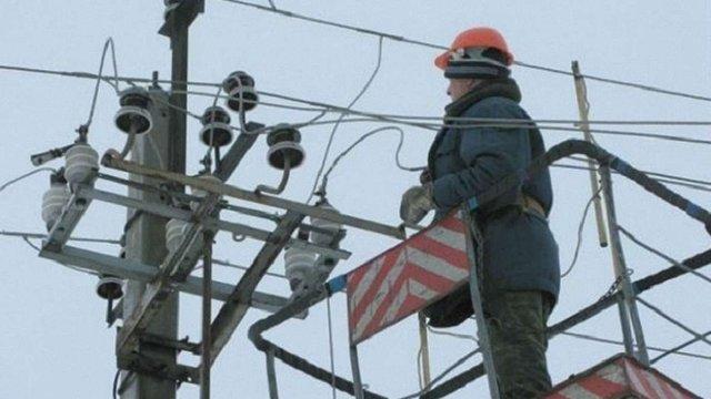 На Львівщині через негоду без світла залишилися 82 населених пункти