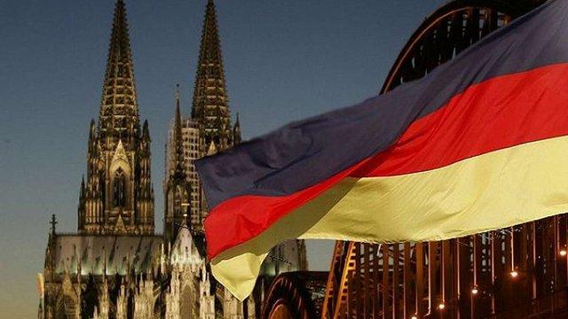 Українців, які в Німеччині прикидалися сирійськими біженцями, позбавили права на притулок
