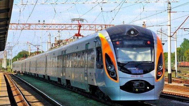 «Укрзалізниця» починає тестувати електронний квиток на потяг Інтерсіті  до Перемишля
