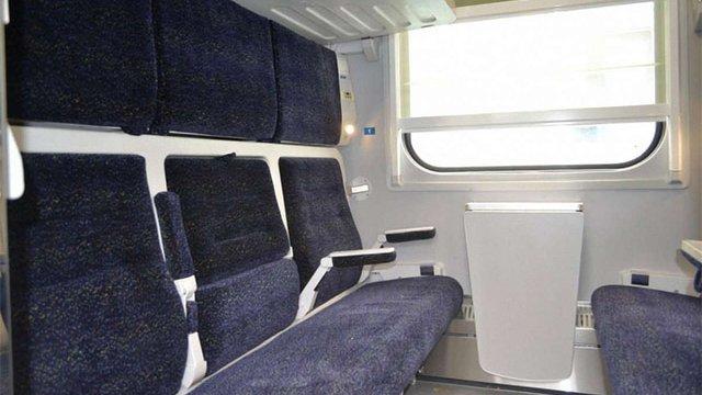 «Укрзалізниця» закупить 11 нових вагонів-трансформерів