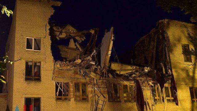 В окупованому Донецьку обвалилася будівля університету торгівлі