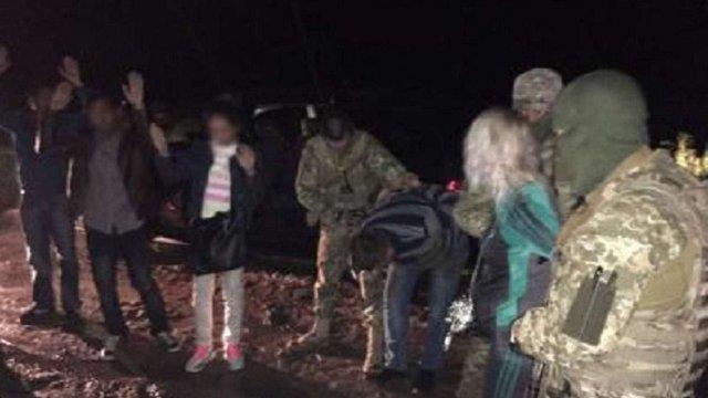 На Львівщині прикордонники затримали організаторів каналу нелегальної міграції до ЄС