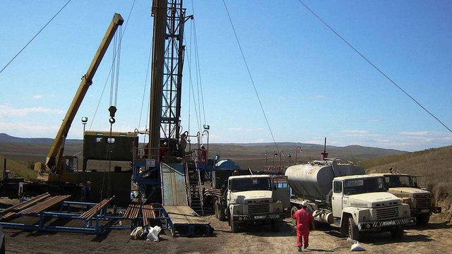 Дві американські компанії зголосилися добувати нафту і газ в Україні