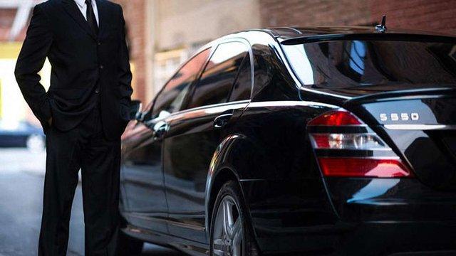 Uber запустив в Україні сервіс виклику елітних таксі