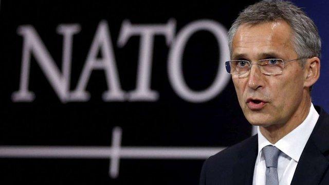 Генсек НАТО у Києві зустрінеться з Порошенком і Гройсманом