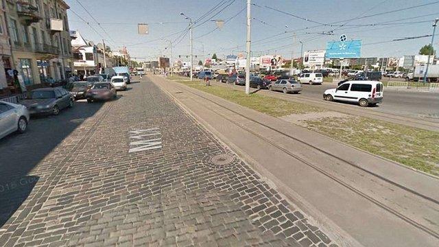 На Привокзальній трамвай збив п'яного пішохода, який перебігав дорогу у невстановленому місці