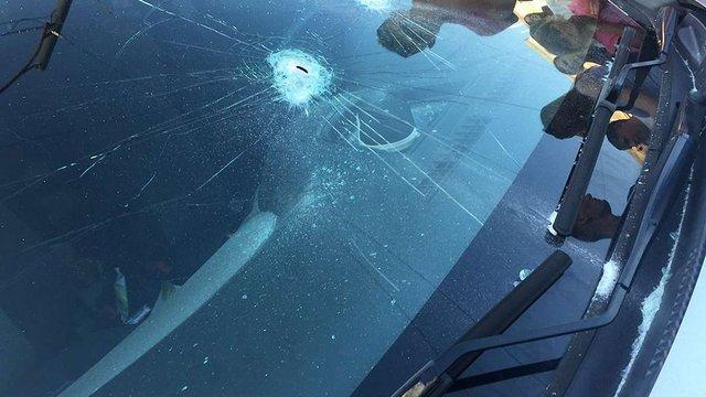 У центрі Львова працівник нелегального прокату дитячих машинок розбив автомобіль «муніципалів»