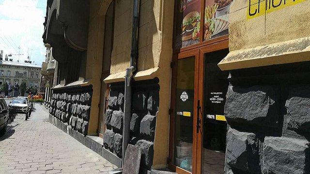 Суд зобов'язав скандальних підриємців відновити первісний вигляд будинку у центрі Львова