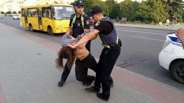 У Луцьку п'яний послушник однієї з православних громад побив перехожого