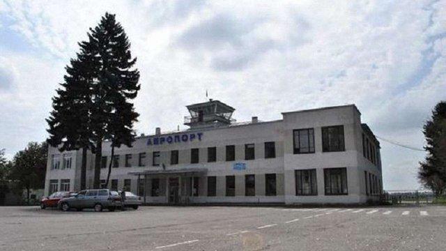 Мер Тернополя запропонував Ryanair літати з місцевого летовища