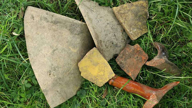 На площі біля ЛНУ ім. Івана Франка археологи виявили кераміку ХVIII-XIX століть