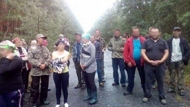 У Чорнобильській зоні поліція затримала 20 збирачів ягід