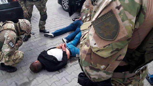 СБУ та поліція затримали лідерів злочинного угрупування, що вимагали «данину» у підприємців