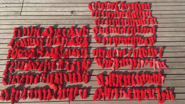 У Познані українка пошила 298 ляльок у пам'ять про жертв МH17