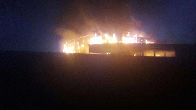 На Львівщині виникла масштабна пожежа на підприємстві