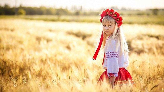 Rzeczpospolita пише, що еміграція і економічний занепад невдовзі зроблять Україну безлюдною