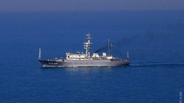 За морськими навчаннями «Сі Бриз 2017» шпигує корабель-розвідник РФ