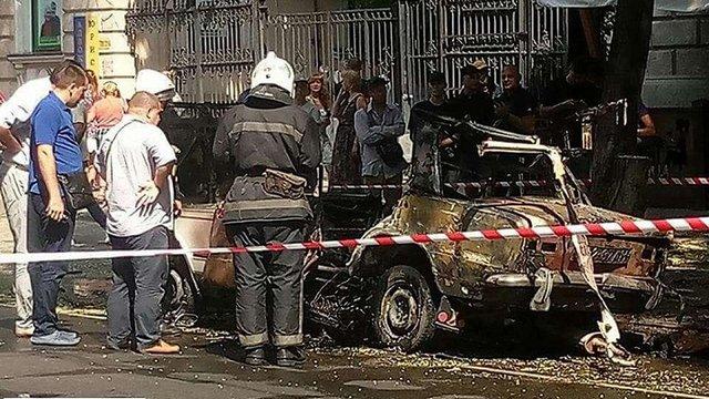 У центрі Одеси неподалік управління СБУ вибухнув автомобіль
