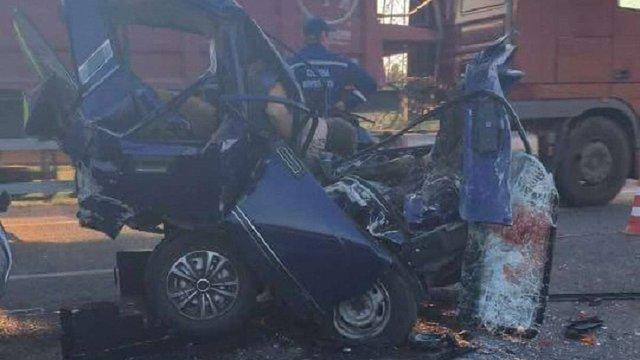 На кільцевій дорозі Львова у масштабній ДТП загинули троє осіб, троє травмованих