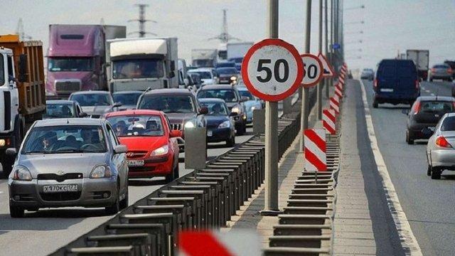 Кабмін пропонує обмежити швидкість у містах до 50 км/год