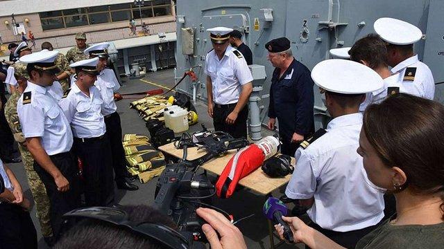 В Одесі українські та британські моряки провели навчання на борту есмінця з групи НАТО