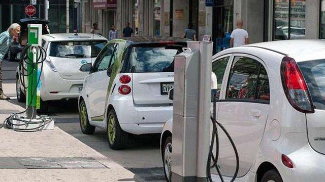 У Данії кількість електрозарядних станцій перевищила число АЗС