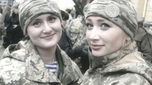 В Україні знімають документальний фільм про участь жінок у війні на Донбасі