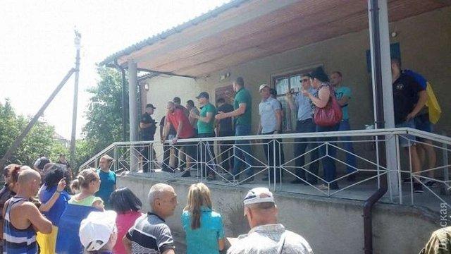 На Одещині суд закидали «коктейлями Молотова»