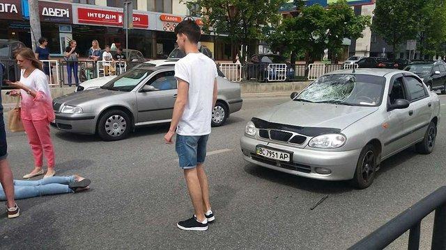 Автомобіль збив 24-річну львів'янку на пішохідному переході
