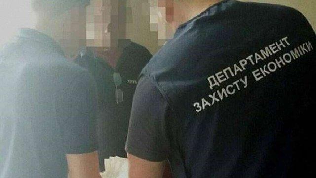 За систематичне отримання «відкатів» у Львові затримали 35-річного директора училища