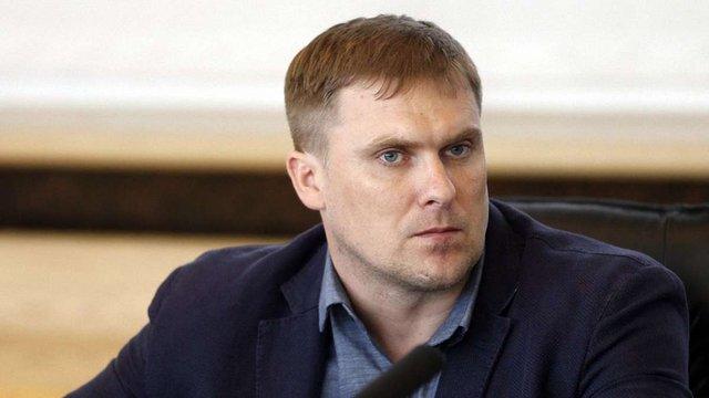 ГПУ затримала на хабарі помічницю Вадима Трояна, представника «Азова» і ще одного цивільного