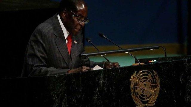 Найстаріший президент у світі заявив, що не збирається йти у відставку
