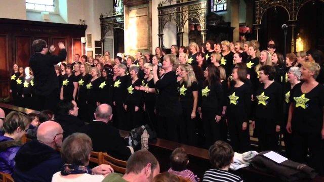 Найбільший лондонський рок-хор виступить у Гарнізонному храмі Львова