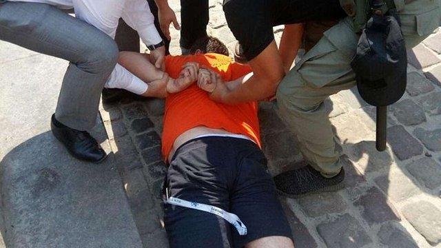 Громадянин Польщі побився з муніципалами через паркування у пішохідній зоні Львова
