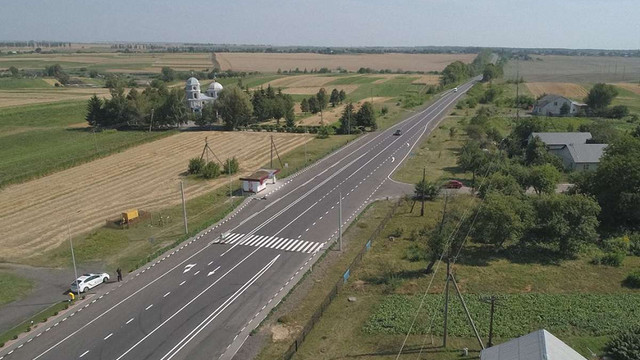 Після капітального ремонту відкрили автодорогу Львів-Радехів-Луцьк