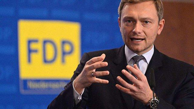 Лідер німецьких лібералів закликав не звертати увагу на питання про окупацію Криму