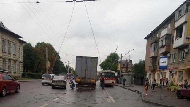 У Львові через обрив контактної мережі не курсують тролейбуси №2, 9 та 10