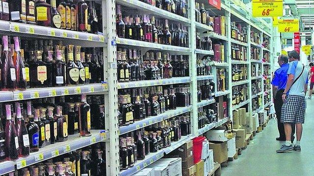 Уряд підвищив мінімальні ціни на алкоголь в Україні