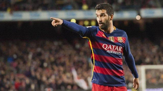 Півзахисник «Барселони» відновив кар'єру у збірній Туреччини перед матчем з Україною