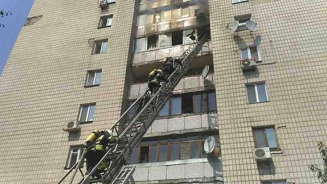 У Києві чоловік вбив двох жінок, підпалив квартиру і вчинив самогубство