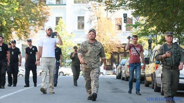 Мер Конотопа дійшов до Києва і передав листа президенту