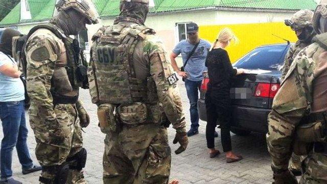 СБУ затримала киянина, який нелегально постачав ліки на території ОРДЛО