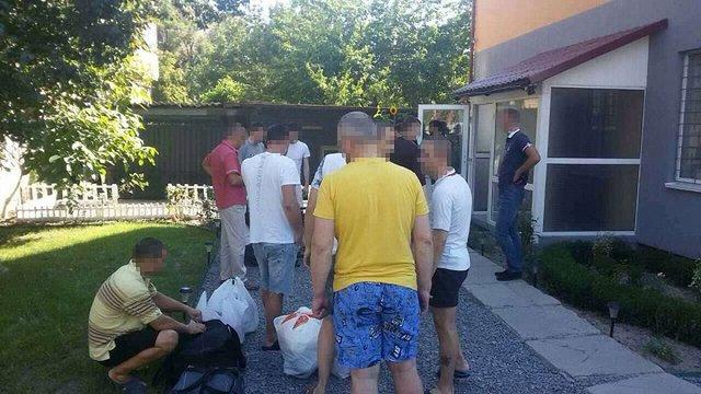 У Полтаві в реабілітаційному центрі незаконно утримували українців та громадянина США