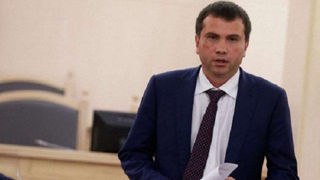 Галицький районний суд арештував майно голови Окружного адмінсуду Києва Павла Вовка