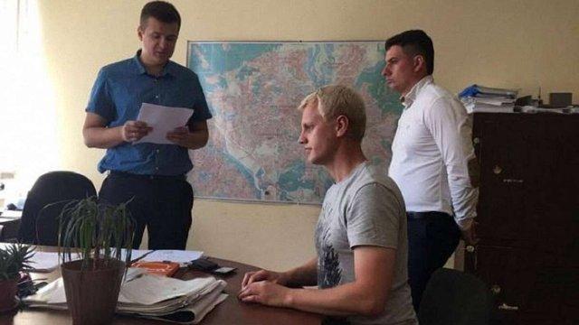 Голові Центру протидії корупції повідомили про підозру щодо побиття людини