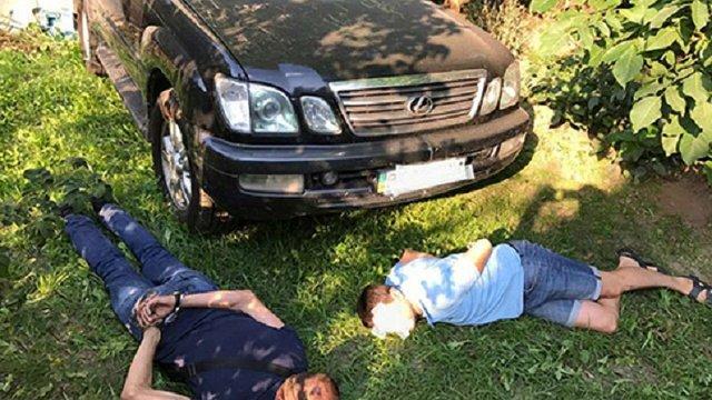 Поліцейські затримали викрадачів службового Lexus заступника голови Нацполіції